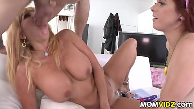 Stepmom Tara Holiday anal 3some with Penny Pax