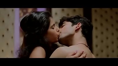 Bollywood hot Scene - You can't afford to Miss it - Deep Tongue Kiss