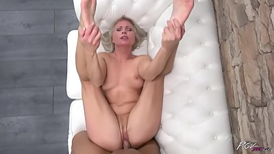 Hot milf Kathy Anderson visit great fucking stranger to enjoy big cock