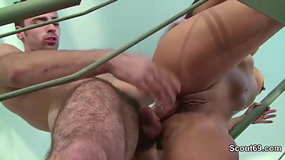 Young Boy Caught Step Mother Masturbate and Seduce to Fuck