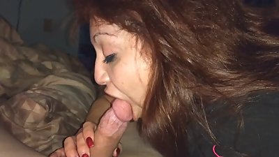 Rae Lynn gives lessons on how to suck a cock