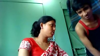 Indian Mother sex with real son in bedroom - Lovelypriya69