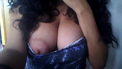 -BoobsLady- Mom makes a video of her hot tits for her son