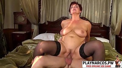 Cutie Step Mommy Jessica Hot Riding Cock Well Young Son's Friend
