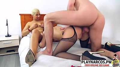 Sneaky Mommy Morgane Complicite Gives Titjob Well Touching Friend