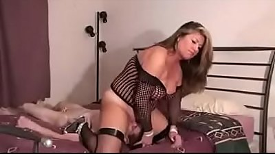 Stepmomxxxx.com-Step Mom Face Fucks Her Son