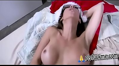 Dava Foxx inStepmom is ready to celebrate christmas with Stepson