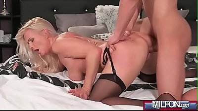 Blonde bombshell MILF in stockings(Kathy Anderson) 03 mov-07