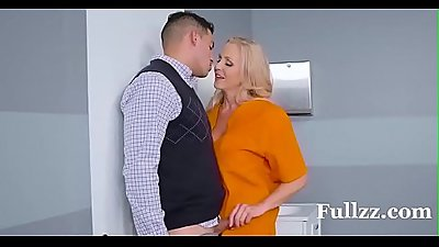 Stepmom in jail gets her stepsons big cock - Fullzz.com