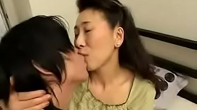 Young Boy Fucks Japanese Mature Wife
