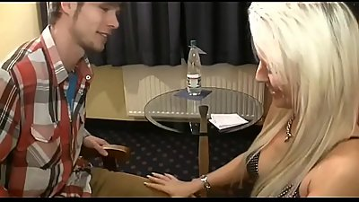 Young Virgin Boy first Sex with stunning Milf - Watch Part2 on porn4us.org