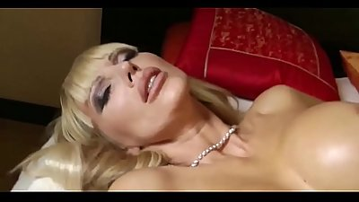 Milf Mother Seduce 18yr Old Young Boy With Big Dick To Fuck - Watch Part2 on porn4us.org