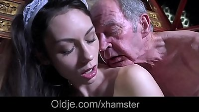 www.elation.ga        :Step dad caught fucking the young maid