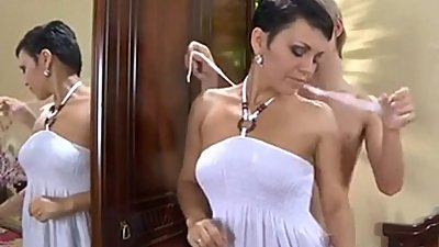 Brunette Mom with Not Her Son Troc Porn