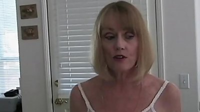 Breeding Amateur GILF Melanie