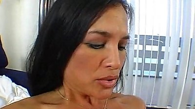 slutty milf tries a new cock 2 002